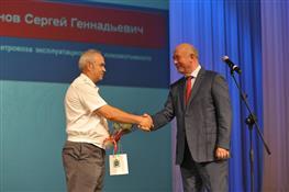 Николай Меркушкин поздравил сотрудников железной дороги с профессиональным праздником