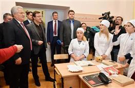 Дмитрий Азаров посетил СамГМУ
