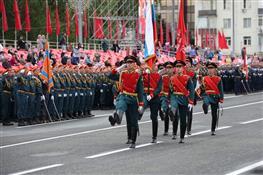 В Самаре прошел военный парад к 75-летию Победы