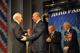 Николай Меркушкин поздравил работников всех отраслей связи с профессиональным праздником