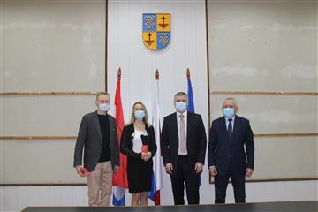 """Вклад ГК """"ЭкоВоз"""" в борьбу с коронавирусом отметили почетным знаком"""
