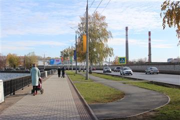 В Удмуртии рабочая комиссия проверила качество дорожного ремонта на семи объектах в Воткинске