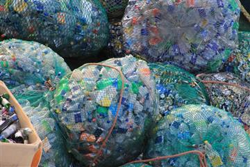 """Нехватка контейнеров и настороженность населения: проблемы, которые приходится решать """"мусорным"""" операторам в ПФО"""