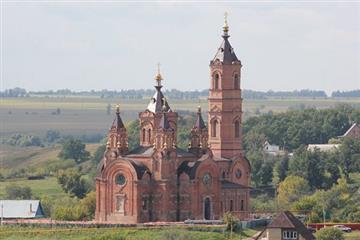 В селе Мусорка продолжается реставрация храма