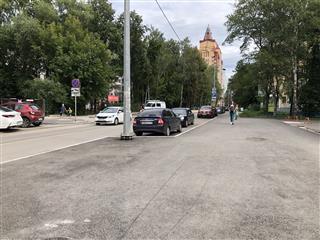 В Перми на улице Тимирязева по дорожному нацпроекту обустроены тротуары