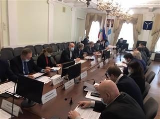 Глава Саратова Михаил Исаев провел совещание по вопросу реализации национальных и приоритетных проектов в 2021 году