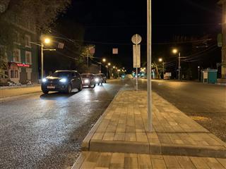 """Нацпроект """"Безопасные и качественные автомобильные дороги"""": на разделительной полосе ул. Мичурина в Самаре устроены островки безопасности"""