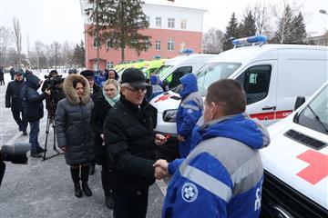 Восемь автомобилей скорой медпомощи переданы учреждениям здравоохранения Пензенской области