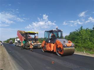 100 объектов и 300 километров: в Саратовской области на 5,3 млрд рублей приводят в порядок дороги