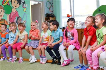 До конца года планируют создать 2440 мест в яслях Самарской области