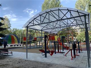 В Ленинском районе Самары обновлены дворовые территории по восьми адресам