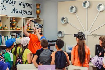 В МР Караидельский район РБ 16 августа 2021 года воспитанники пришкольного лагеря Караидельской СОШ №1 посетили Библиотеку нового поколения