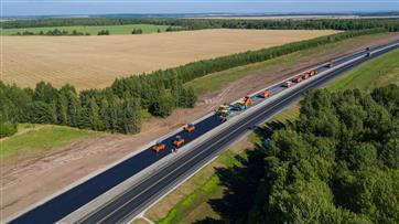 """102 мостовых сооружения и 600 км федеральных дорог будут отремонтированы за счет средств от госсистемы """"Платон"""" до 2022 года"""