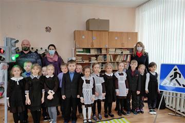 """В Пензенской области продолжаются тренинги для школьников с использованием мобильного комплекса """"Лаборатории безопасности"""""""