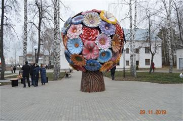 Полоса препятствий, дерево любви, игровой и спортивный комплексы появились в поселке Светлогорск Шатковского района