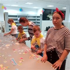 На летних каникулах оренбургские школьники получают первый трудовой опыт