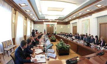 Игорь Комаров в Уфе провел совещание по Указу президента РФ