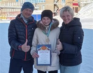 Биатлонистки г. Октябрьского завоевали две серебряные медали