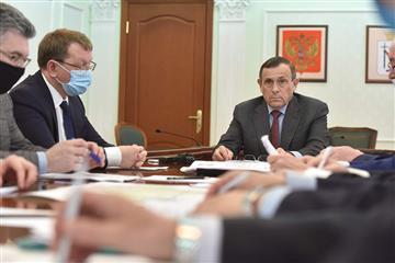 """Глава Марий Эл провел совещание по реализации нацпроекта """"Безопасные и качественные автомобильные дороги"""""""