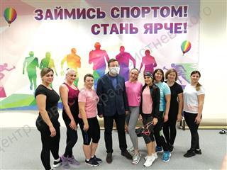 """Губернатор Самарской области посетил ФОК """"Салют"""" в городе Похвистнево"""