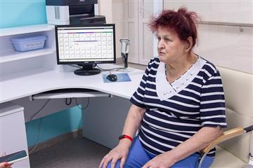 Кировские врачи используют smart-браслеты в реабилитации пациентов