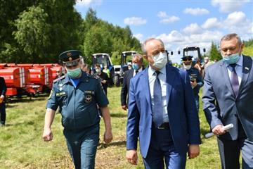 Лесхозы Саратовской области получили 34 единицы новой техники