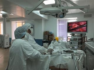 Больница Октябрьского получила современный эндоскопический комплекс