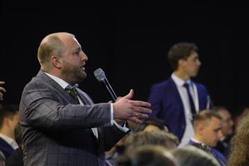 Глеб Никитин поддержал проект строительства молочной фермы и сыроварни
