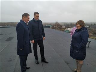 Первый зампредседателя Правительства Пензенской области оценил динамику проведения капитального ремонта Дома культуры с. Трескино