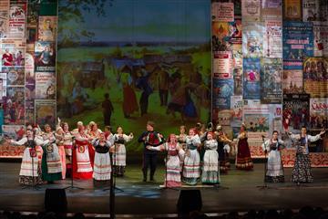 """В фестивале """"Рожденные в сердце России"""" приняли участие более 5000 самодеятельных артистов"""