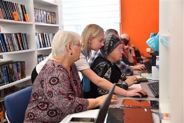 В с. Генеральское Энгельсского района заработала современная модельная библиотека