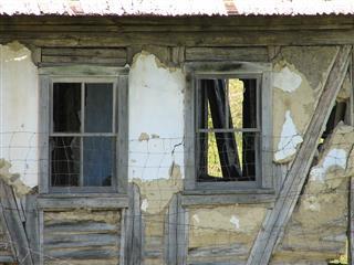Благодаря нацпроекту 730 самарцев переедут в этом году из непригодного жилья