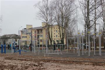 Сквер Победы открылся после благоустройства в р. п. Гидроторф