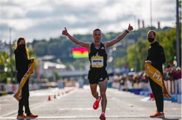 Пермяк установил рекорд на дистанции 10 км Московского марафона