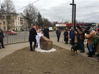 """Комсомольская площадь преобразилась в Выксе благодаря нацпроекту """"Жилье и городская среда"""""""