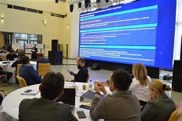 Глава Чувашии представит проекты фронтальной стратегии развития вице-премьеру Дмитрию Чернышенко