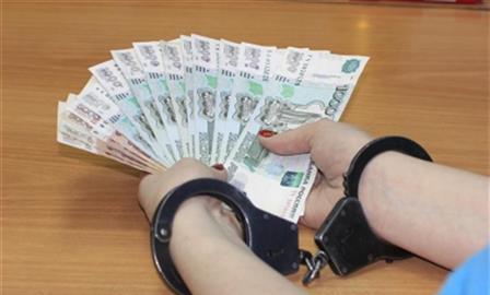Доценту Политеха дали четыре года условно за восемь взяток от студентов