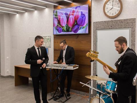 В Оренбургнефти поздравили женщин с 8 Марта