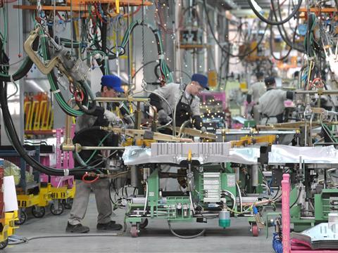 В Ижевске началось производство пилотной партии автомобилей Lada Vesta по серийной технологии