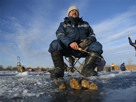 Открытие первого льда на озере Орловое