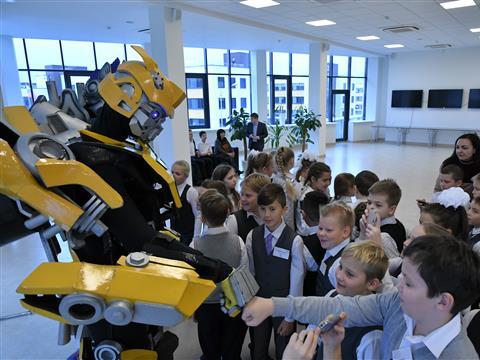 """В Тольятти открылся первый в регионе детский технопарк """"Кванториум"""""""