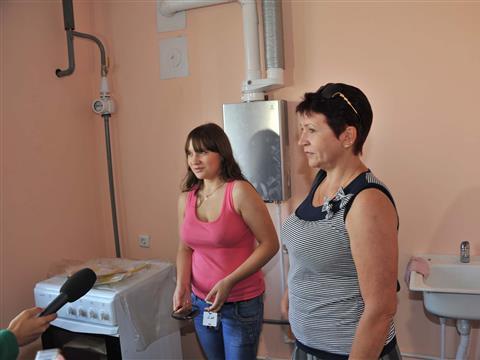 Жители пос. Волжский получили ключи от новых квартир