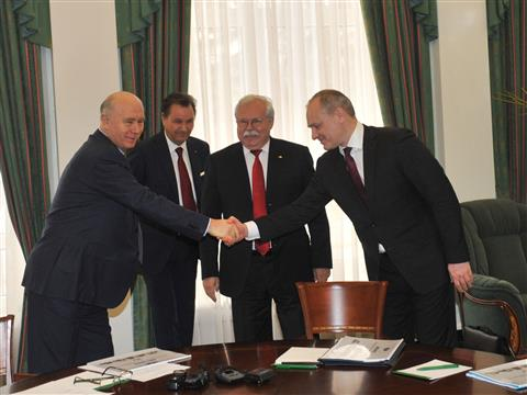Губернатор провел рабочую встречу с президентом АвтоВАЗа