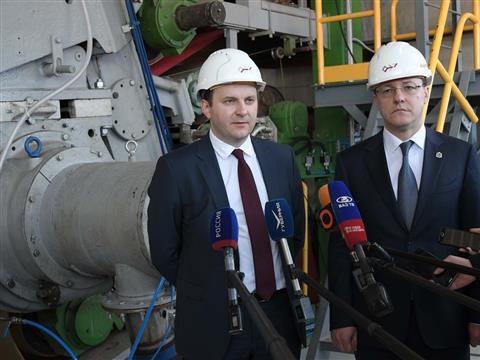 """Министр экономического развития РФ   и глава региона посетили ОЭЗ """"Тольятти"""""""