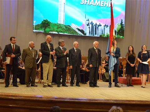 Музею имени П.В.Алабина подарили копию Самарского знамени