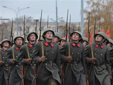 Парад Памяти, посвященный параду 1941 года в Куйбышеве