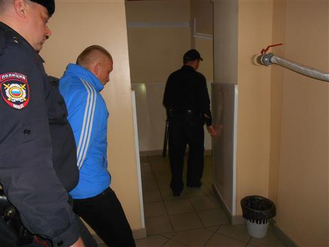 Подозреваемый в изнасиловании школьницы в здании бывшего морга арестован на два месяца