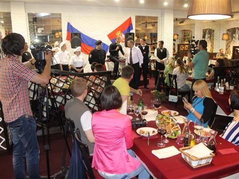 """В Самаре открылся первый сербский ресторан """"Балкан Гриль"""""""