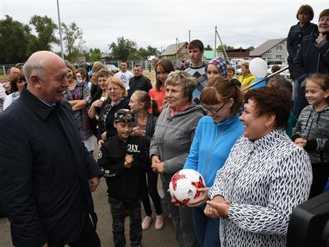 По поручению губернатора в Большой Черниговке появится долгожданный семейный спортивный центр