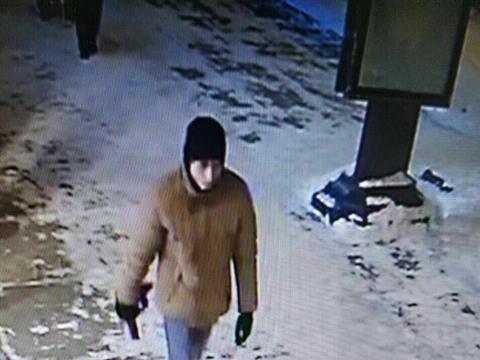 Появилось фото преступника, ранившего ножом в Тольятти двух женщин